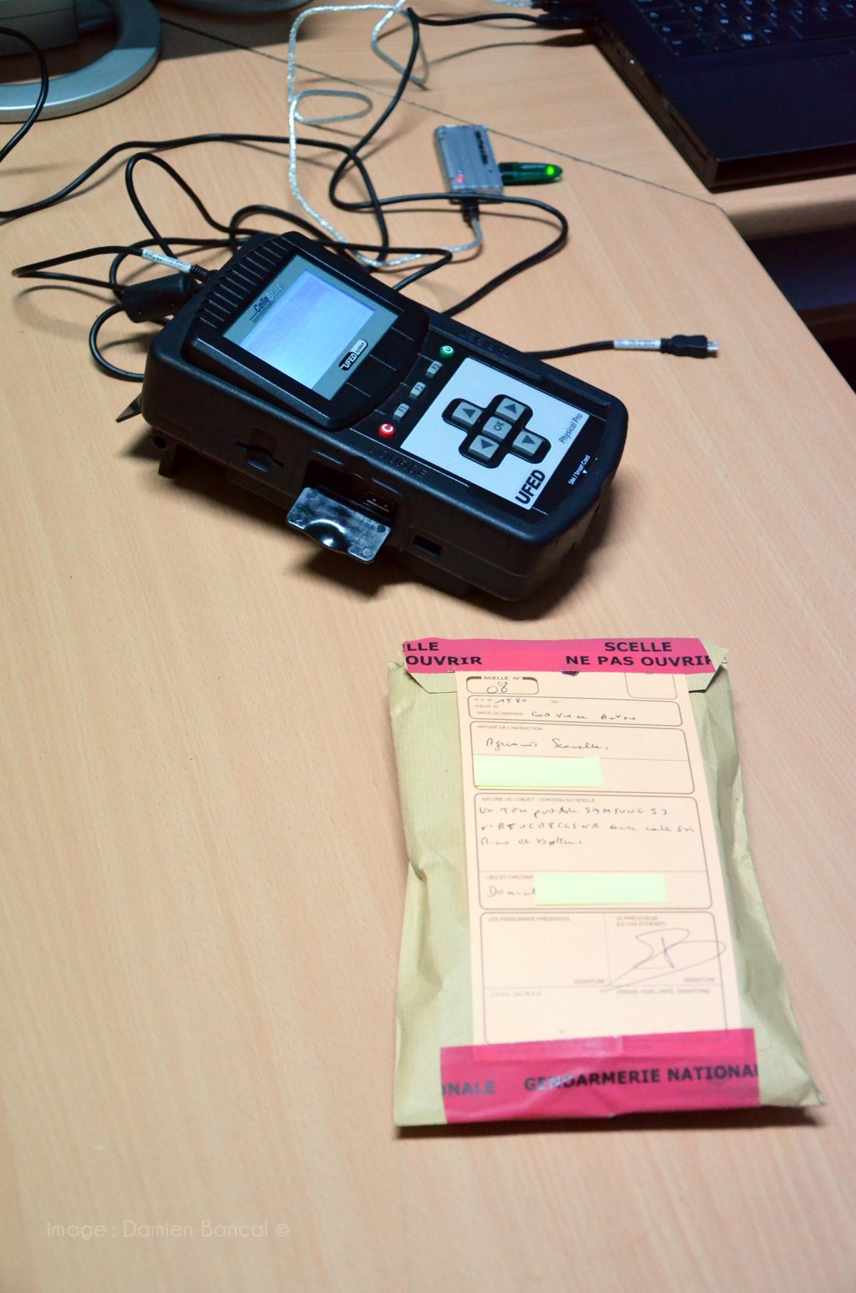 Le boitier sniffeur de données contenues dans les smartphones.